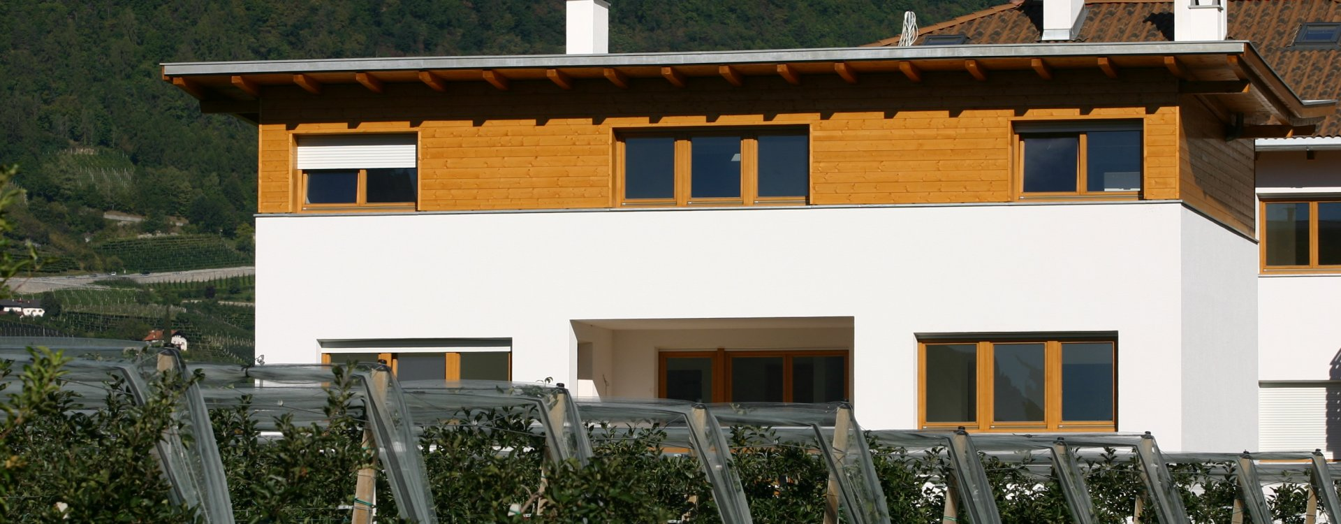 g22 projects multi family house kogner. Black Bedroom Furniture Sets. Home Design Ideas